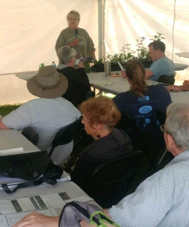 Presentation at a previous Organic Crops Field Tour